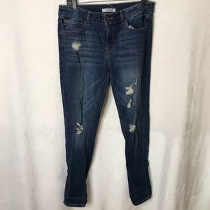 Refuge | Medium Wash Distressed Skinny Jeans Sz 10